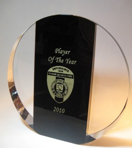 Black-&-Clear-Majestic-Glass-Award-pic